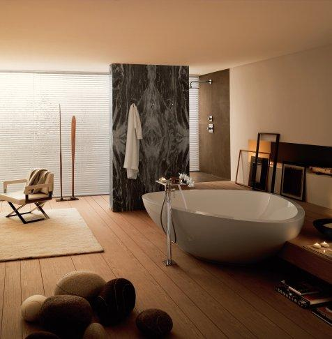 BATHTUBS & SHOWER TRAYS